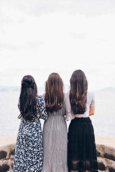 Vor allem sehr junge Frauen erhalten die Diagnose PCOS nach dem Absetzen der Pille, weil sich der Hormonhaushalt nicht wieder eingespielt hat.