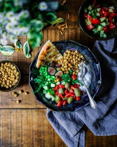 Hülsenfrüchte, frisches Gemüse und Co sind echte Alleskönner wenn es um Vitalstoffe geht.